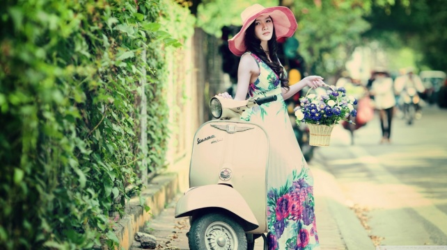 lovely_day-wallpaper-1366x768