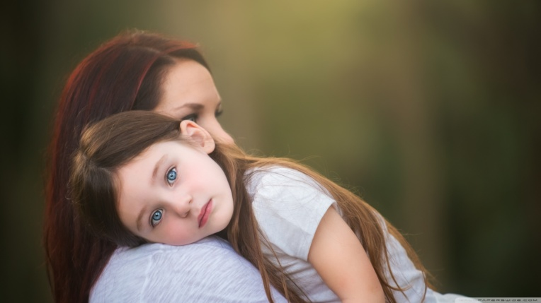 mother_and_daughter-wallpaper-1366x768